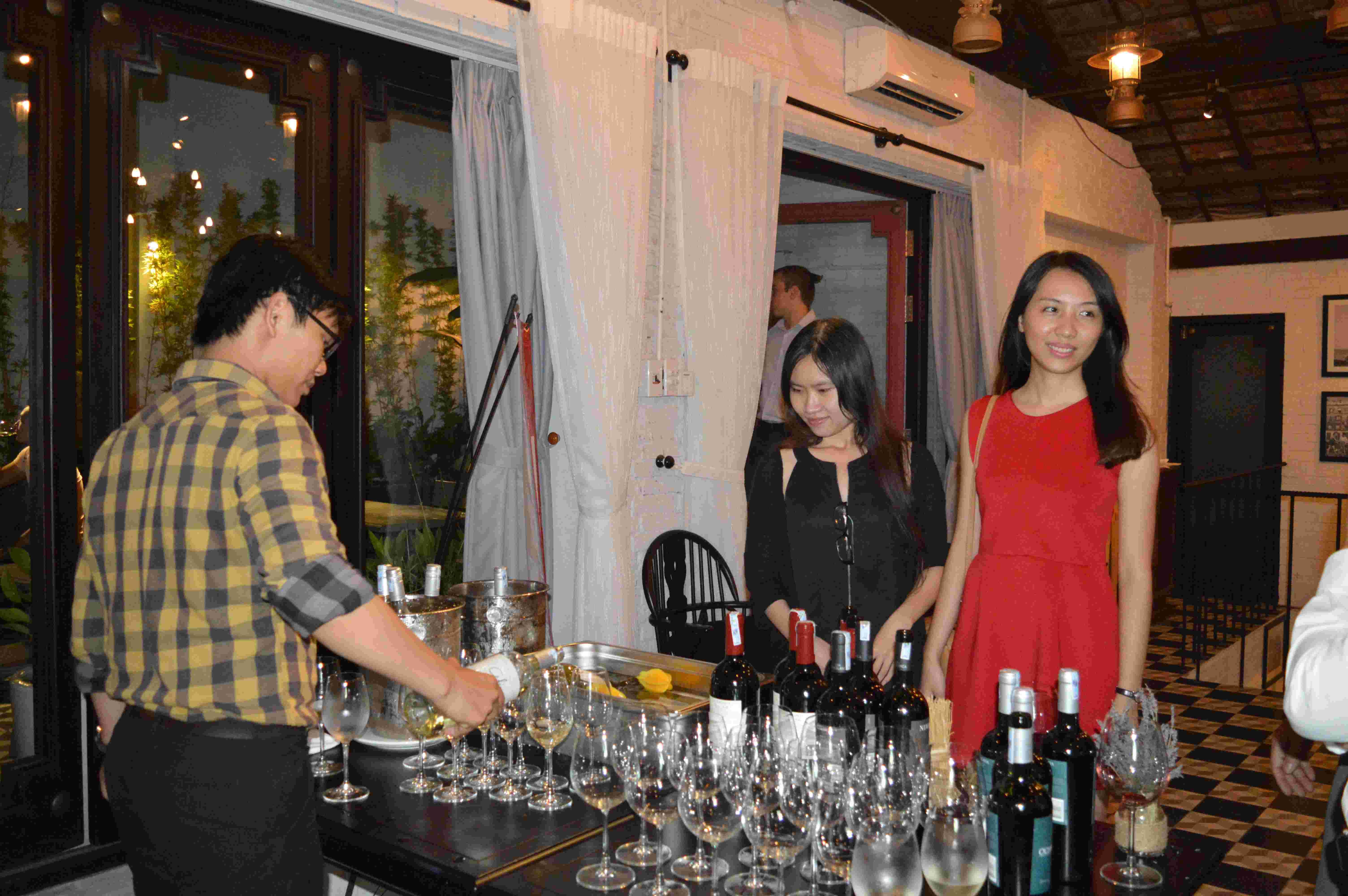 Ochagavia & Casablanca Tasting - SG (6/2015)